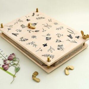 Blumenpresse mit Siebdruck, handgefertigt bei e-typisch