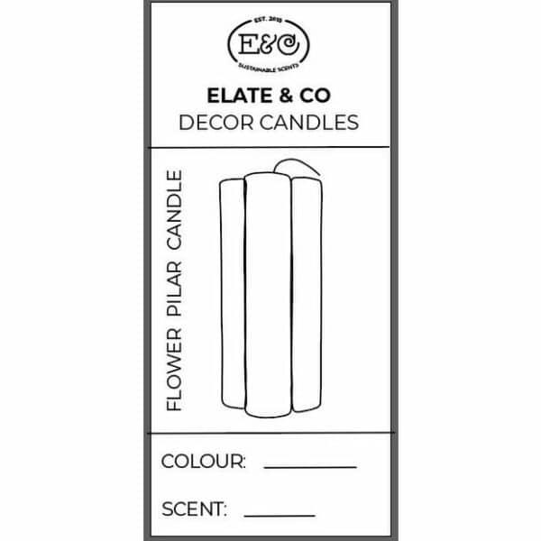 Die Elate & Co Flower Säulenkerze ist perfekt für jedes Interieur geeignet.